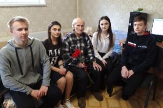 Посещение ветерана Великой Отечественной войны Шестакова Анатолия Алексеевича